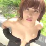 佐藤聖羅 手ブラしたりエッチな黒下着を見せるアイドル