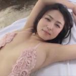 川村ゆきえ セクシーにスレンダーボディを見せるアイドル