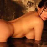日下部加奈 温泉で全裸になりお尻の割れ目を見せる過激アイドル
